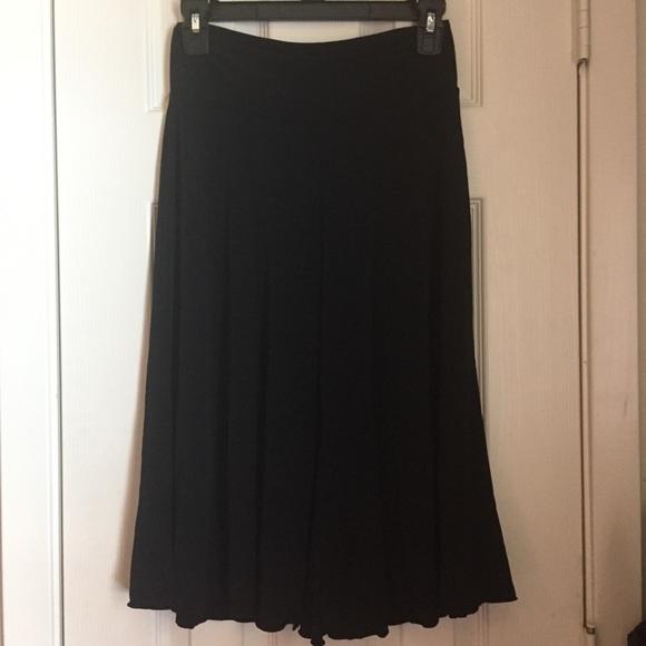 Pants - Comfy black gaucho pants